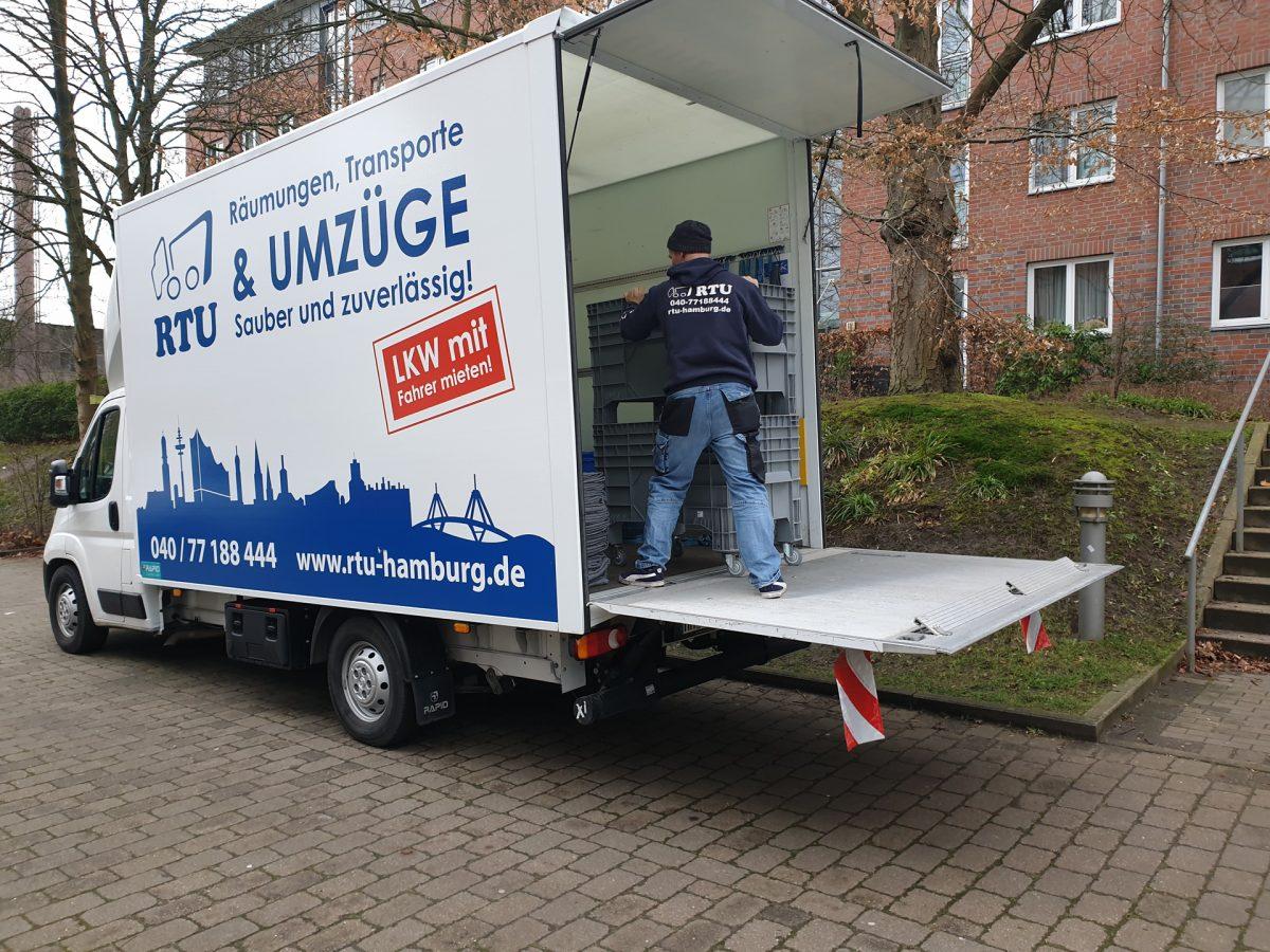 LKW_mit_fahrer_mieten_hamburg-1200x900.jpg